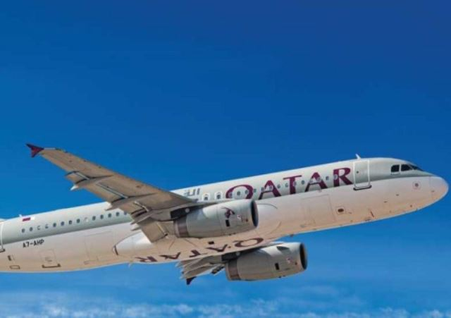 qatar_airways_aeroplano