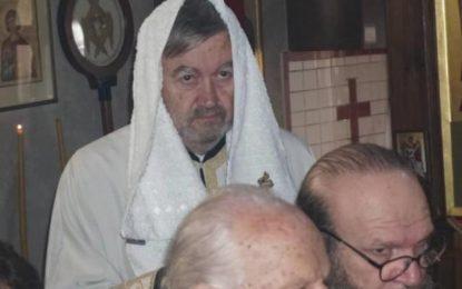 Λάρισα: Έτσι φόρεσε τα ράσα ο πρώην δήμαρχος Ρίζος Κομήτσας! Συγκίνηση στην κατάμεστη εκκλησία(Βίντεο)