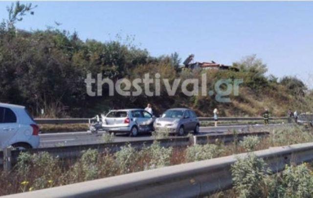 Θεσσαλονίκη: Τροχαίο με τρια ΙΧ μετά τα διόδια της Ανάληψης στην Εγνατία Οδό
