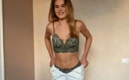 """Γιουβέντους: """"Τρέλανε"""" τον κόσμο με στριπτίζ η κοπέλα του Ντε Λιχτ! (Εικόνες&Βίντεο)"""