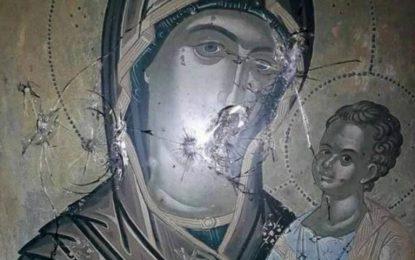 Καβάλα: Πυροβόλησαν εικόνες του Χριστού και της Παναγίας! Άφησαν πίσω αυτές τις εικόνες(Εικόνες)