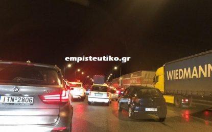 TΩΡΑ: Ουρές χιλιομέτρων στα σύνορα του Προμαχώνα- Απίστευτη ταλαιπωρία για τους οδηγούς
