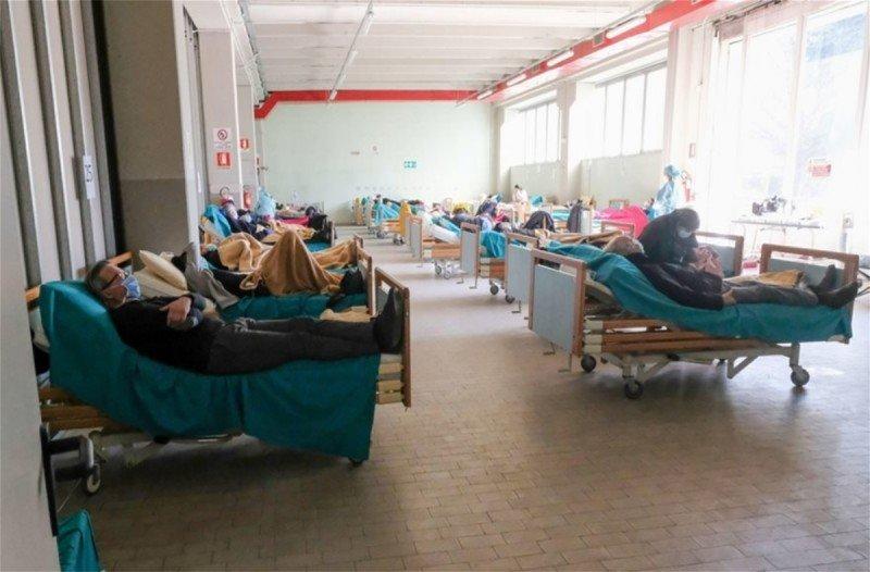 Ιταλία: 756 οι νεκροί και 5.217 κρούσματα σε μια μέρα