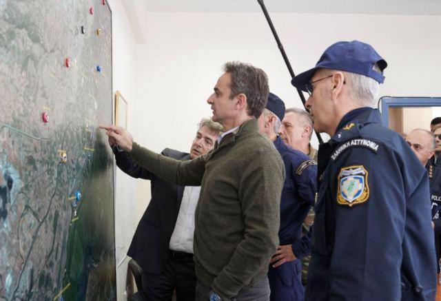 Στο στρατιωτικό φυλάκιο των Κήπων Έβρου ο Μητσοτάκης – «Δεν θα περάσει κανείς παράνομα στη χώρα»