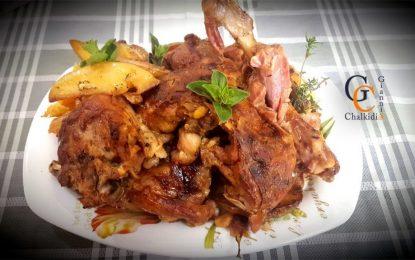 Κατσικάκι με πατάτες στο φούρνο από τον Γιάννη Χαλκίδη