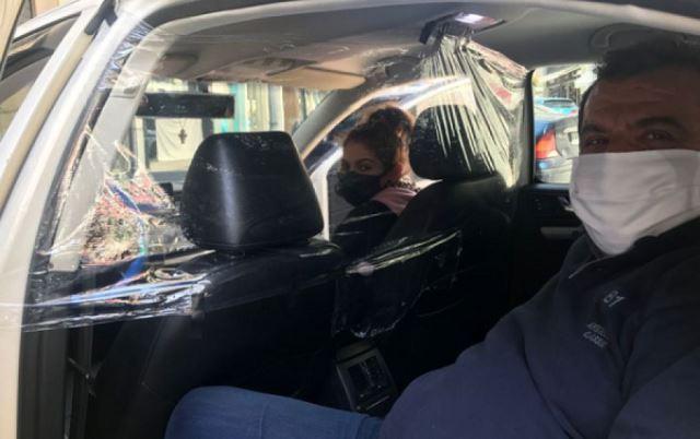 Καβάλα: Τζάμια και σελοφάν στα Ταξί για την προστασία από τον κορωνοϊό