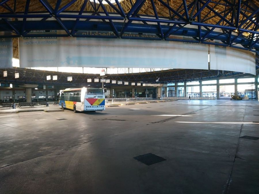 Θεσσαλονίκη: Άδειος από λεωφορεία ο σταθμός των «ΚΤΕΛ Μακεδονία» (Εικόνα)