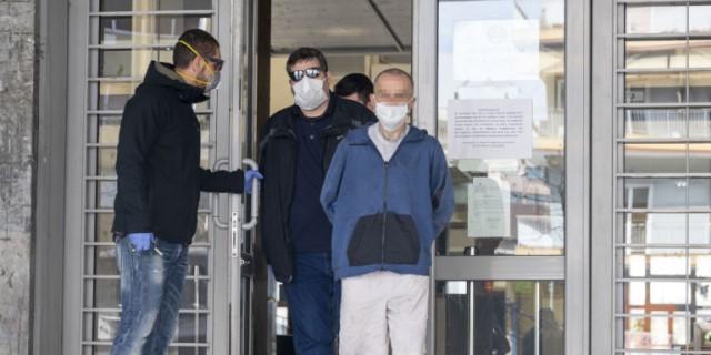 Θεσσαλονίκη: Σε ανακρίτρια παραπέμφθηκε ο 45χρονος που κατηγορείται ότι έκαψε ζωντανό τον 87χρονο πατέρα του
