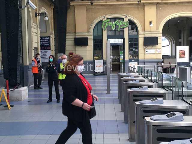 Μουδιασμένοι επιβάτες και κανείς χωρίς μάσκα! Αυτή είναι η εικόνα σήμερα στα Μέσα Μαζικής Μεταφοράς(Βίντεο)