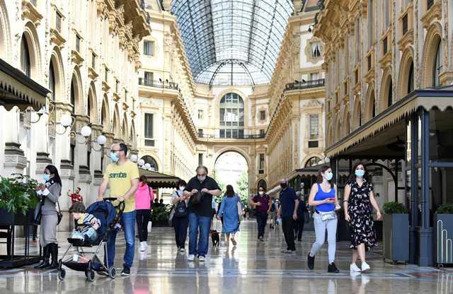 Κορονοϊός: Ξανά… ζωή στην Ιταλία – Ψώνια, καπουτσίνο και βόλτες με γόνδολα(Εικόνες)