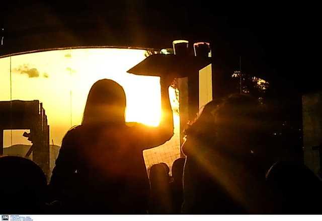 Λάρισα: Ο συνωστισμός έφερε συλλήψεις! Χαμός για τα ποτά take away με την άφιξη της αστυνομίας