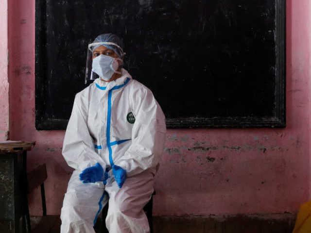 Ινδία: Έβγαλαν τον αναπνευστήρα συγγενή τους από την πρίζα για να βάλουν τον ανεμιστήρα!