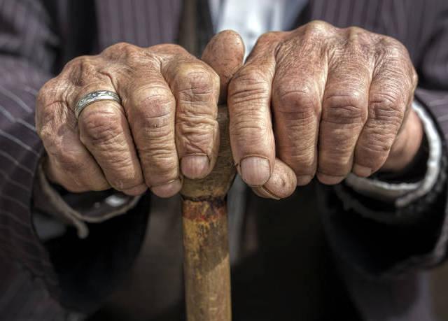 Στη δημοσιότητα τα στοιχεία και φωτογραφίες των δύο «λογιστών» που εξαπατούσαν ηλικιωμένους
