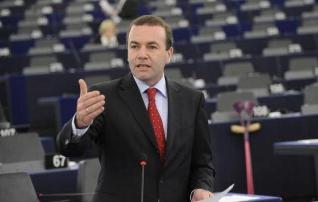 Βέμπερ: Η Τουρκία απομακρύνεται από τις αξίες της ΕΕ