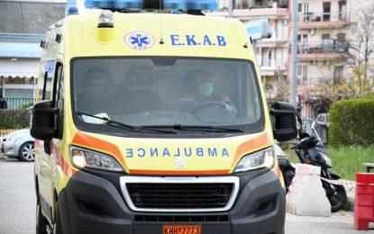Γιαννιτσά: Σακάτεψαν στο ξύλο 13χρονη μαθήτρια μέσα στο σχολείο! Την έστειλαν στο νοσοκομείο με κάκωση στο κεφάλι