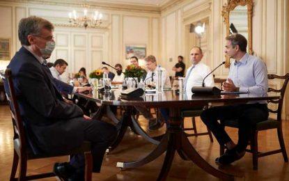 Έλεγχοι παντού! Τα μέτρα που αποφασίστηκαν στην έκτακτη σύσκεψη για τον κορονοϊό υπό τον πρωθυπουργό