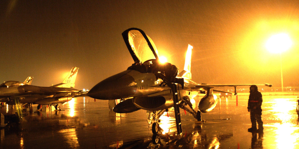 «Παρών» και από τα ΗΑΕ στη Σούδα: Έρχονται F-16 για κοινές ασκήσεις