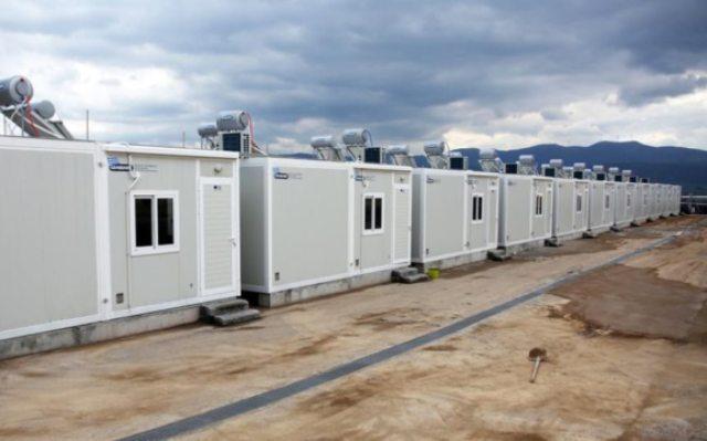 Lockdown για δομές μεταναστών σε Θήβα και Σέρρες