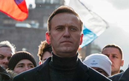 Σκληρή δήλωση Μέρκελ για Ναβάλνι: Ήθελαν να του κλείσουν το στόμα!