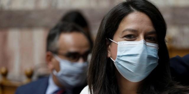 Κεραμέως: Η χρήση μάσκας στα σχολεία είναι πλήρως τεκμηριωμένη από τους ειδικούς