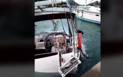 Βυθίστηκε σκάφος στην Λευκάδα -Προβλήματα στο νησί από την κακοκαιρία «Ιανός» (Bίντεο)