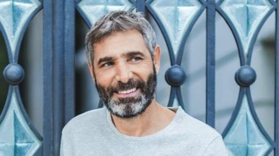 """Θοδωρής Αθερίδης: Χυδαία επίθεση στον ηθοποιό για τη μάσκα -""""Δεν είμαι που@@ρα σαν και σένα"""""""
