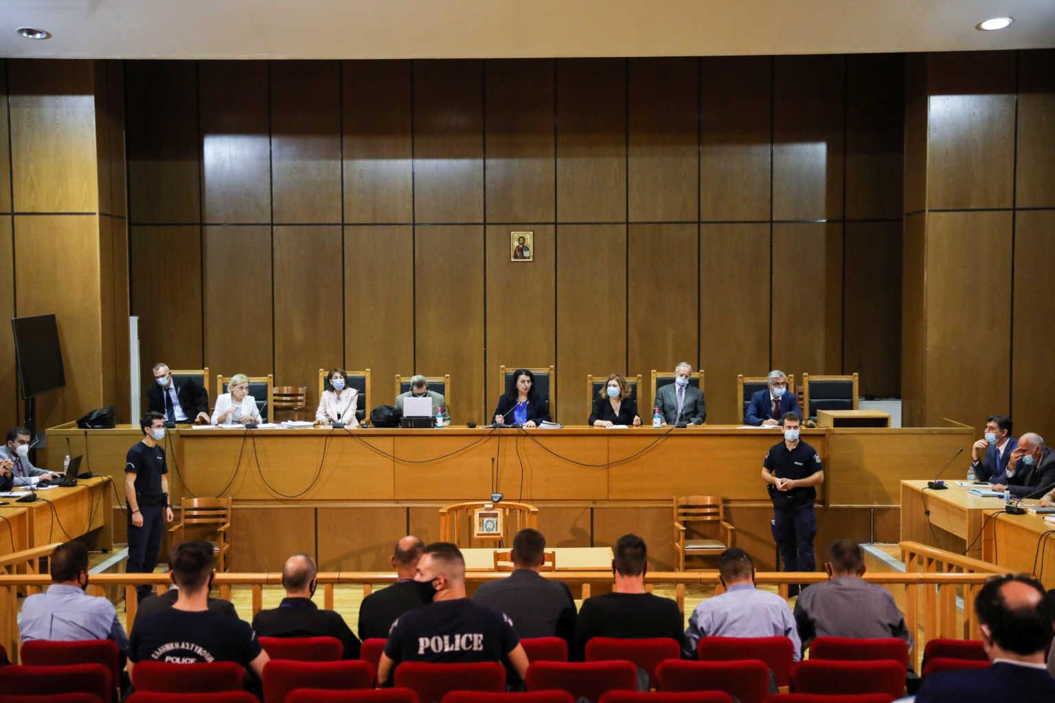 Καταδικάστηκε η Χρυσή Αυγή: Ενοχα τα πολιτικά στελέχη για ένταξη σε εγκληματική οργάνωση