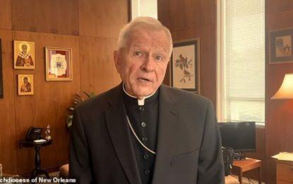 Αρχιεπίσκοπος Νέας Ορλεάνης: Κάψαμε την Αγία Τράπεζα μετά τη «δαιμονική» συνεύρεση του ιερέα με τις «αφέντρες»