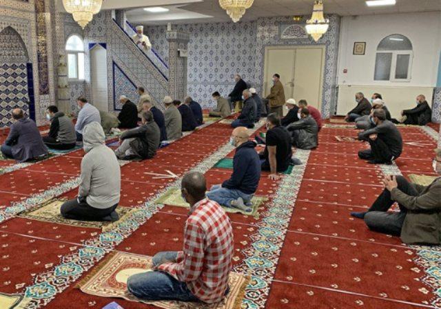 Γαλλία: Κλείνει τζαμί στο Παρίσι μετά τη δολοφονία του καθηγητή από τζιχαντιστή(Βίντεο)