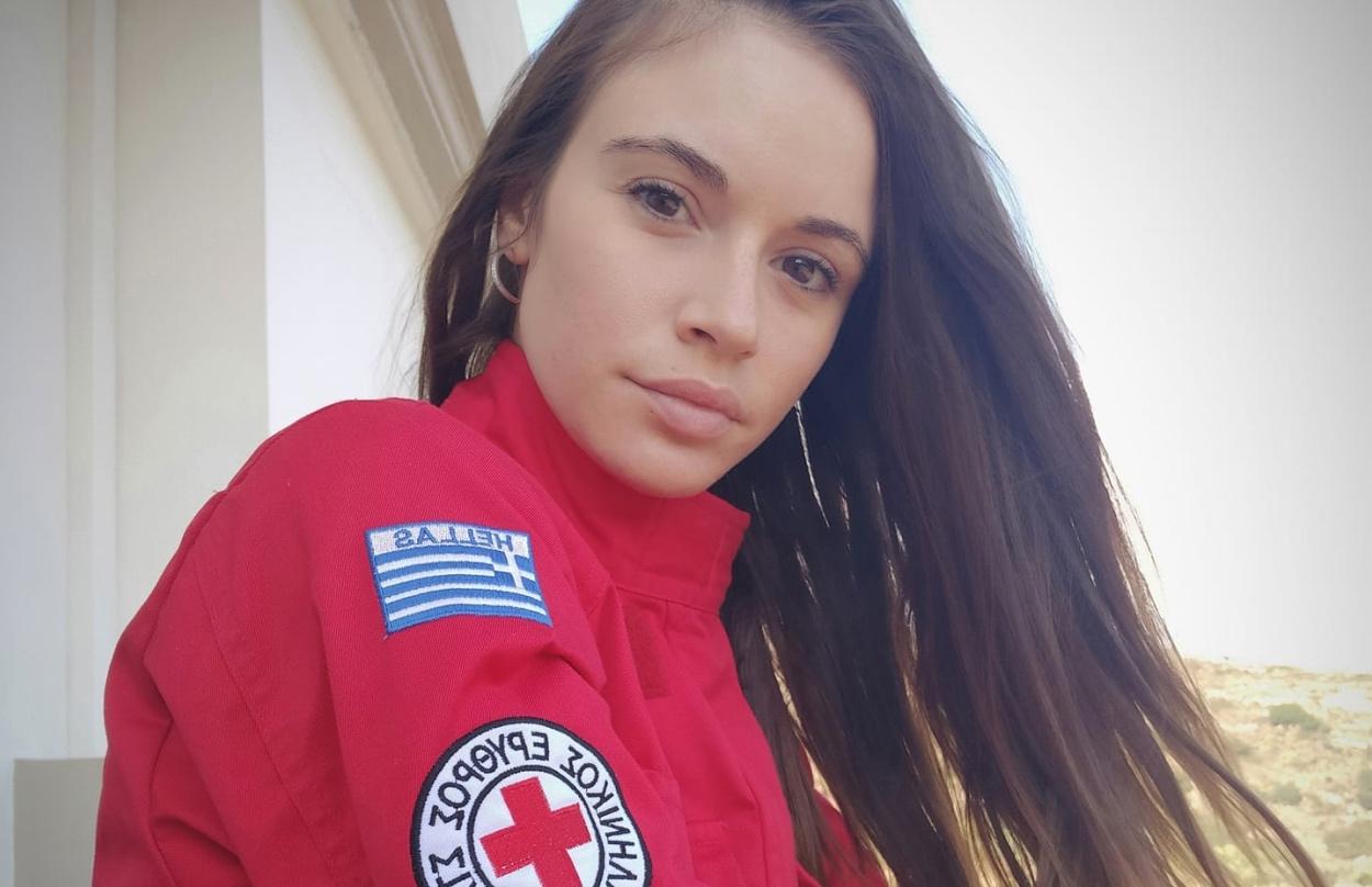 Η Κρητικοπούλα νοσηλεύτρια που πήγε στην Θεσσαλονίκη να «πολεμήσει» τον κορονοϊό(Εικόνες)