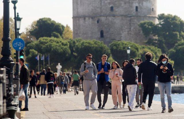 Προς ολικό lockdown η Θεσσαλονίκη μετά τη ραγδαία αύξηση των κρουσμάτων