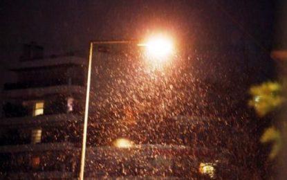 Ξεκίνησε να χιονίζει στα ορεινά της Θεσσαλονίκης