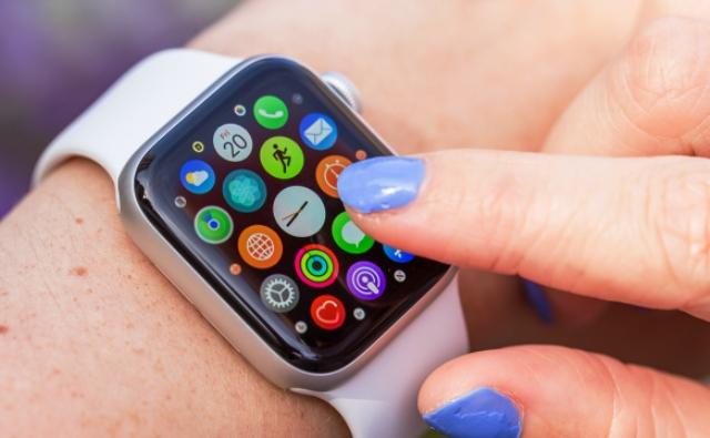 Ναι, είναι εφικτό! – Ο Κορονοϊός μπορεί να διαγνωστεί από το Apple Watch