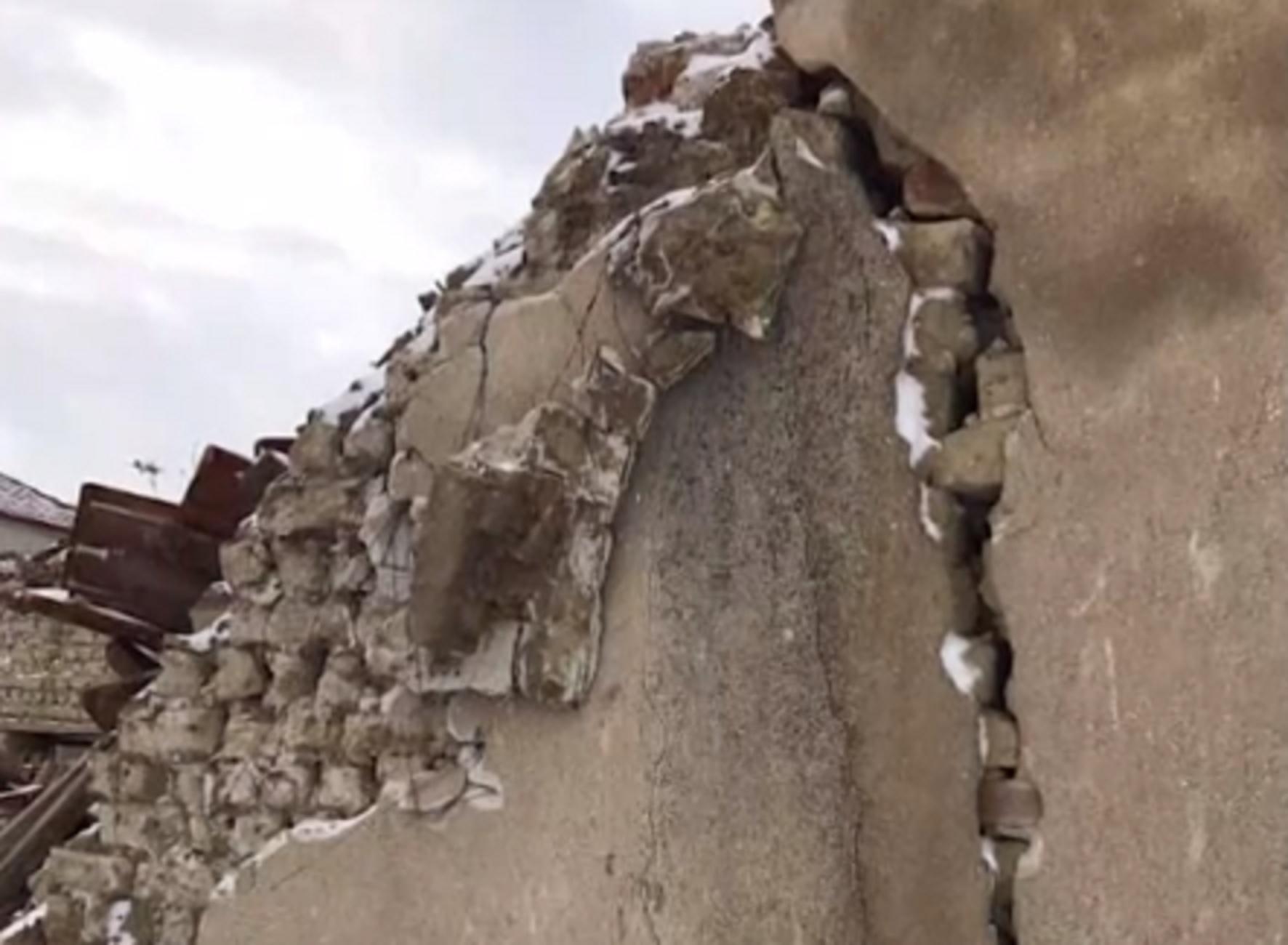 Φλώρινα: Φοβούνται ότι θα ανοίξει η γη και θα τους καταπιεί – Αυτό είναι το χωριό που κινδυνεύει να σβήσει από τον χάρτη