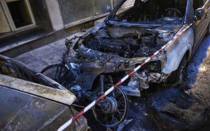 Θεσσαλονίκη: Πυρομανής είχε κάψει 15 αυτοκίνητα και δυο σκύλους(Βίντεο)