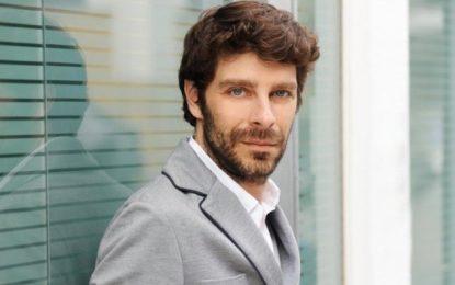 Ποιος είναι ο Νικόλας Γιατρομανωλάκης