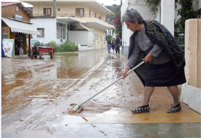 Σέρρες: Σε κατάσταση έκτακτης ανάγκης λόγω κακοκαιρίας – Πλημμύρισαν σπίτια από την αδιάκοπη βροχή