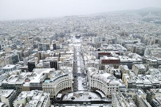 Βίντεο: Περιήγηση στη χιονισμένη Θεσσαλονίκη!