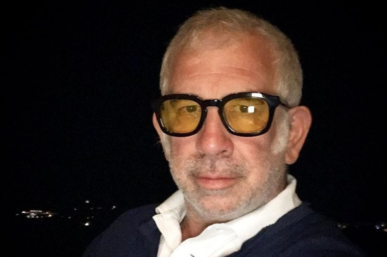 Πέτρος Φιλιππίδης: Οι καταγγελίες φτάνουν τις 100 – Δικηγόροι του γυρίζουν την πλάτη