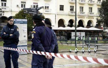 Θεσσαλονίκη: Τρόμος για τους υπαλλήλους της τράπεζας – Η εικόνα που τους «πάγωσε» νωρίς το πρωί