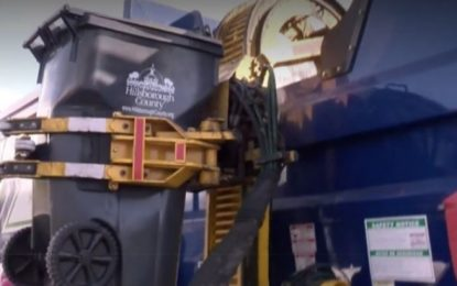 Απίστευτο σκηνικό: Σκουπιδιάρικο μάζεψε 7χρονο που είχε κρυφτεί σε κάδο – Σώθηκε από θαύμα(Βίντεο)
