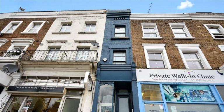 Το στενότερο σπίτι στο Λονδίνο, με πλάτος… 1,7 μέτρα, πωλείται έναντι 1,1 εκατ. ευρώ