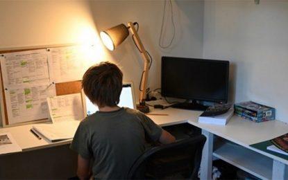 Κόλλησαν στη γραφειοκρατία τα voucher για laptop στους μαθητές