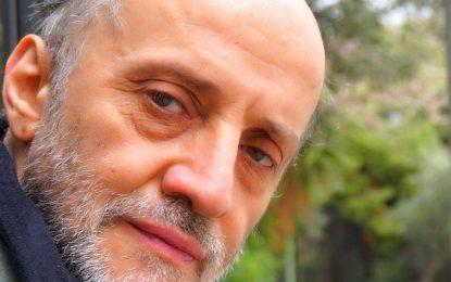 Τρεις άνδρες προσπάθησαν να βιάσουν τον ηθοποιό Μάνο Βακούση στα 10 του χρόνια