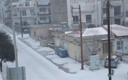 Στα λευκά και η Ξάνθη – Το χιόνι κάλυψε τα πάντα (Bίντεο)