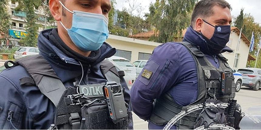 Φωτογραφίες από τη δοκιμή στις κάμερες-στολής των αστυνομικών της ΔΙΑΣ