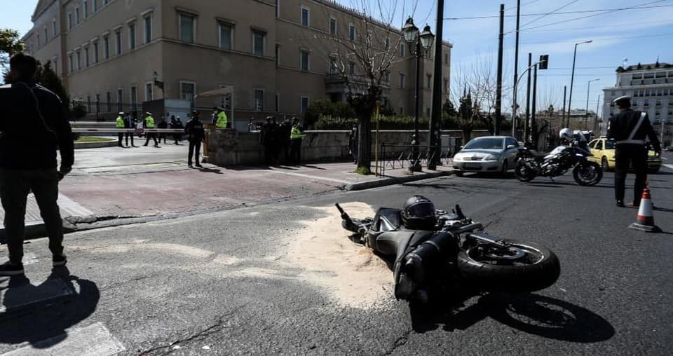 Eξέπνευσε εχθές το βράδυ μοτοσικλετιστής που χτυπήθηκε απο όχημα της φρουράς της Ντόρας Μπακογιάννη