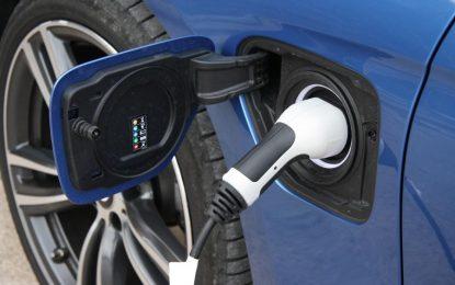 """Ευρώπη: Πλησιάζει ο """"θάνατος"""" των plug-in υβριδικών αυτοκινήτων"""