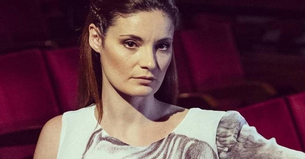 Επίθεση από Ρομά δέχθηκε η Φιλίτσα Καλογεράκου – Την τραυμάτισε για της κλέψει την τσάντα