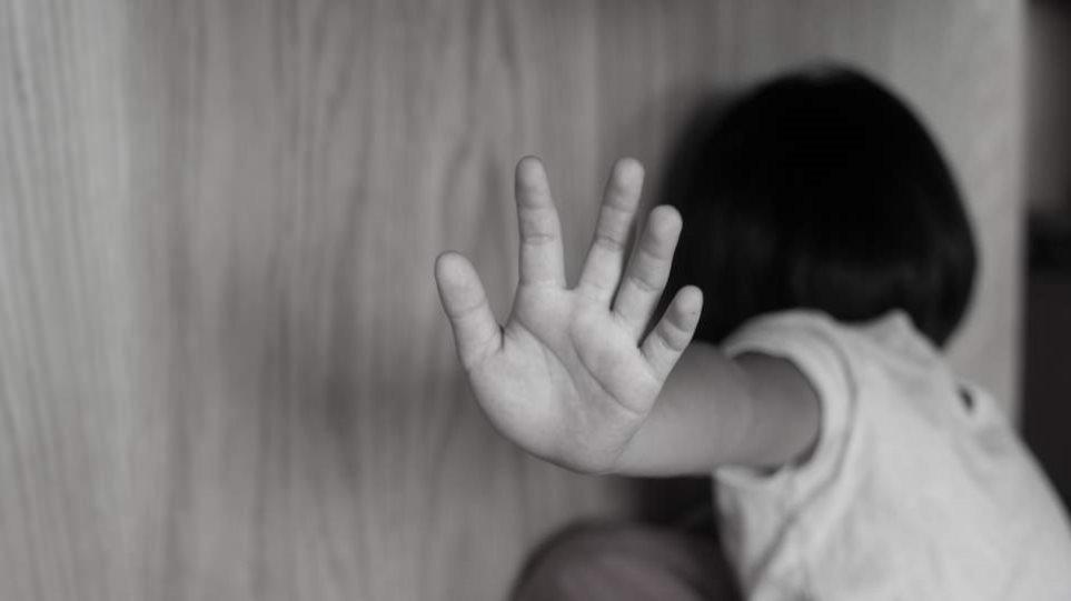 Κορωνοϊός: Η πανδημία αύξησε τις βίαιες συμπεριφορές σε βάρος παιδιών και την εφηβική παραβατικότητα